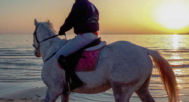 Spiaggia Maria Pia: Immergiti nel mare cristallino